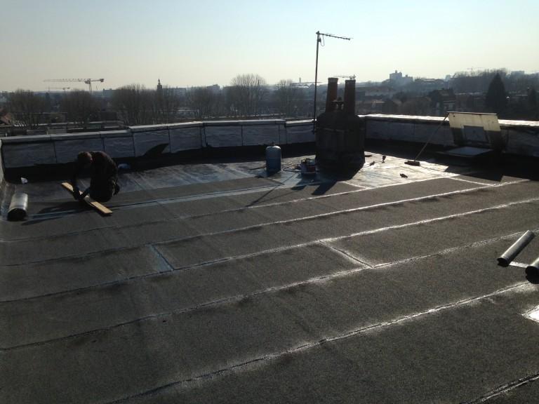 Rénovation d'une toiture plate en multicouche