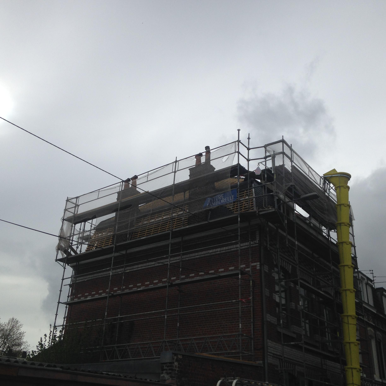 Rénovation complète d'une toiture ardoise et tuile